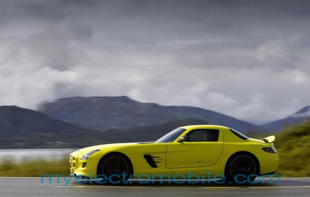mercedes-benz-sls-amg-e-cell-91