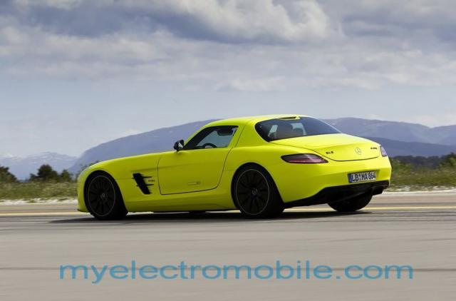 mercedes-benz-sls-amg-e-cell-92